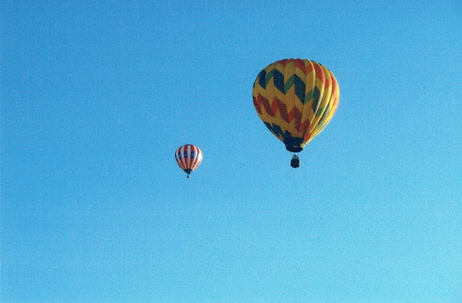 HotAirBalloon_RWB_RibbonStripe