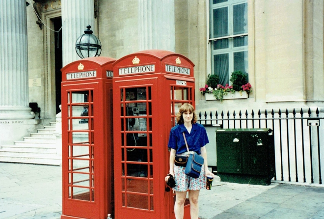 PhoneBooths_07121995